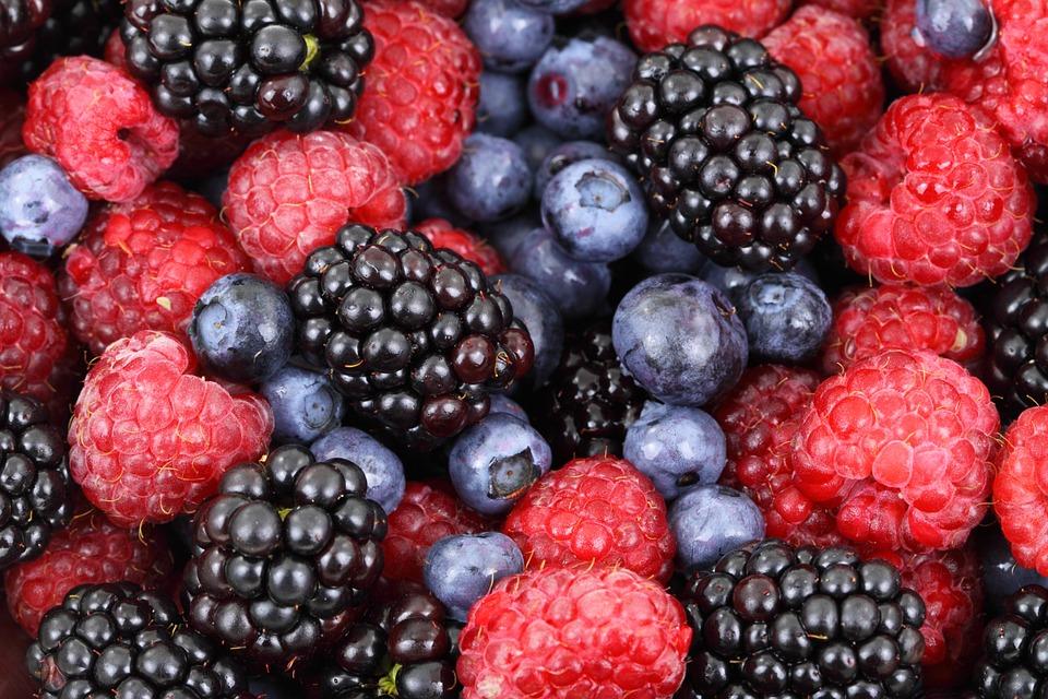Nyári gyümölcsleves - főzés nélkül