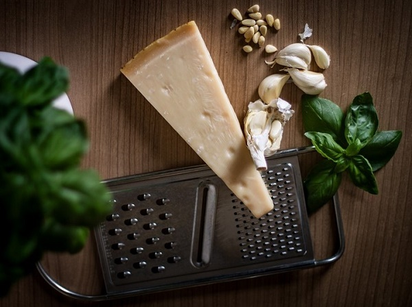 Őszi estékre - sajtos fokhagymakrém leves