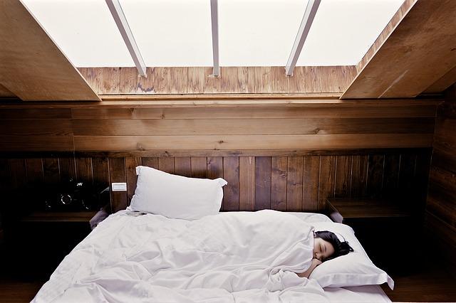 A kevés alvás magas vérnyomáshoz vezethet