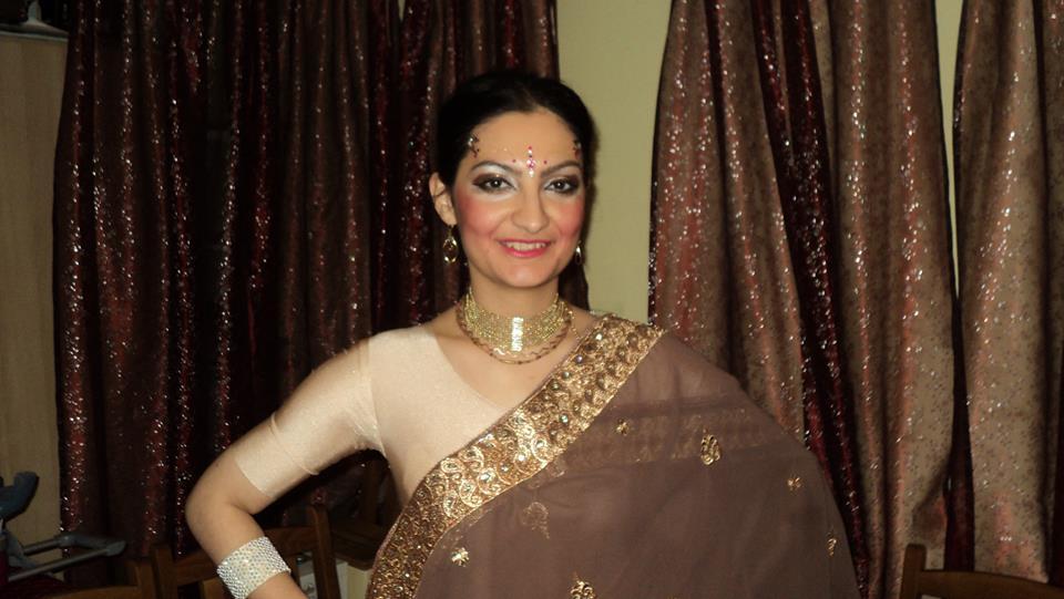 Nem vagy elég nőies? Itt a megoldás: táncolj Bollywood stílusban!