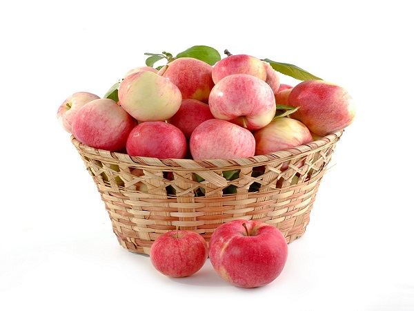 Mazsolás almaleves