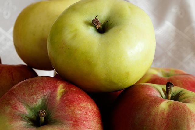 Almás-mákos tészta