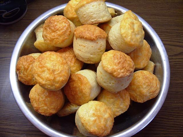 Paprikás-sajtos pogácsa