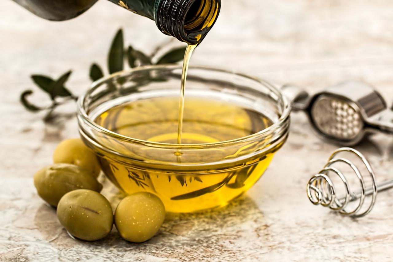 Zsír, olaj, margarin - Mivel érdemes főzni, és mit tartalmaz valójában?