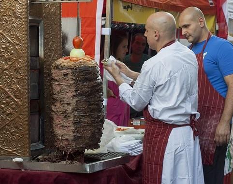 Shawarma, a Közel-Kelet gyrosa