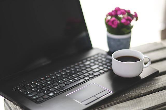 Tele a fejed a munkával? - 5 tipp 5 perces munkaközi szünetekre