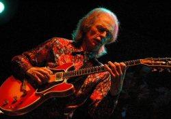 Steve Howe - a gitár Zombie-ja