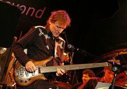 Jack Bruce, a basszusgitár skót istene