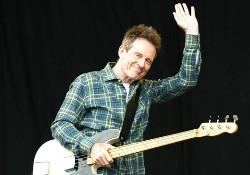 66 éves Jonesy, a Led Zeppelin basszerosa