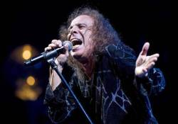 Hangadó frontemberek Ronnie James Dio tribute albumán