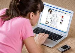 Szerződésben vállalta, hogy távol tartja magát a Facebooktól