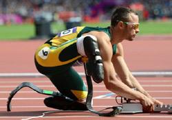 Lelőtte barátnőjét a műlábú paralimpiai bajnok