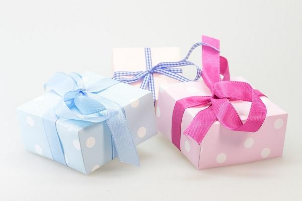A karácsony ma már nem a szeretet ünnepe?! Inkább fizetünk, mint hogy szeressünk?