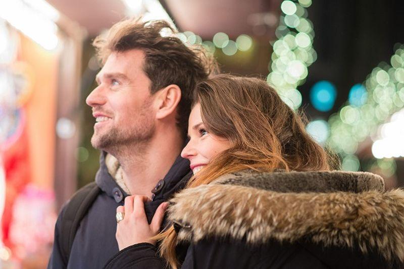 Hogyan érjem el, hogy a feleségem érzelmileg közel érezze magát hozzám?