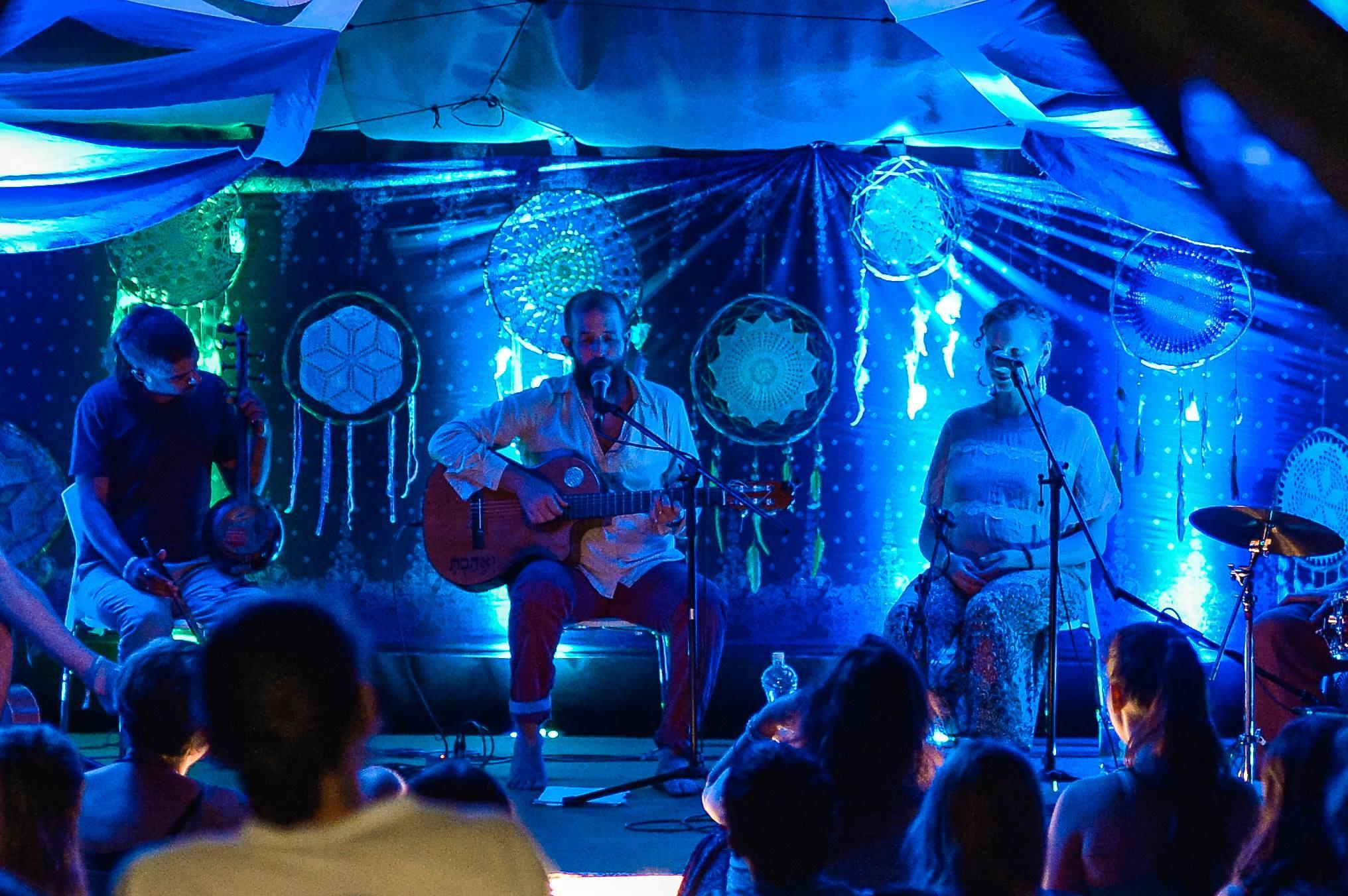 Everness Indián Nyár -  zenék az elmélyülés jegyében