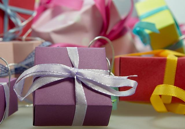 Lepj meg egy gyereket! Angyalváró - Cipősdoboz adománygyűjtés