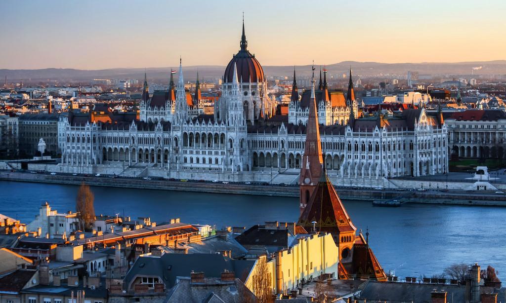 10 dolog, amiről mindenképpen tudnod kell, mielőtt Budapestre utazol