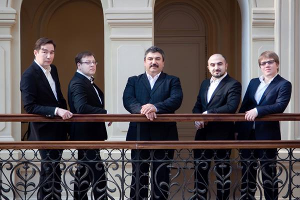 Először Magyarországon: ortodox húsvét a Doros Kvintettel
