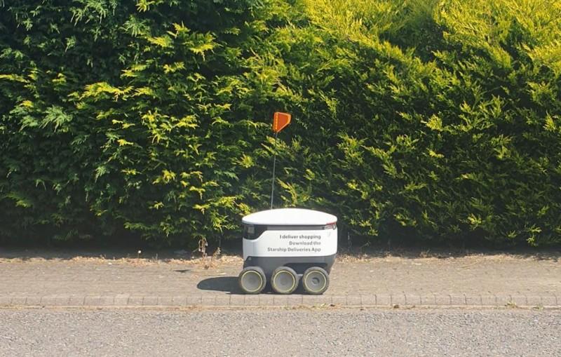 Robot hozza házhoz az ételt, de nem ez a legnagyobb változás